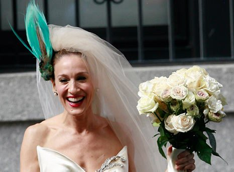 To top it all off: what headwear is hot for your wedding day!