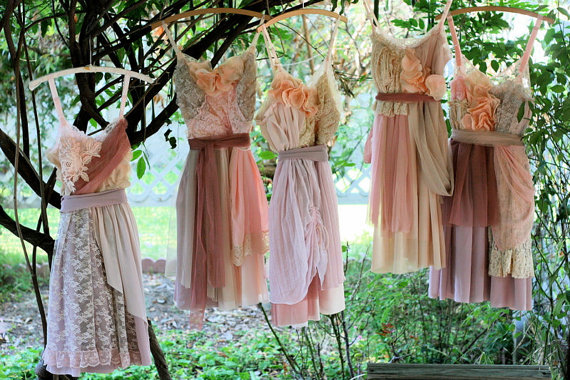 Choosing Your Bridesmaid Outfits