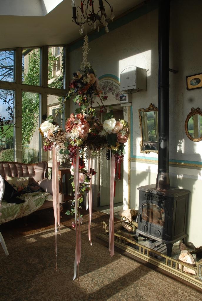 Romantic Hedgerow Garlands by Maria Aida