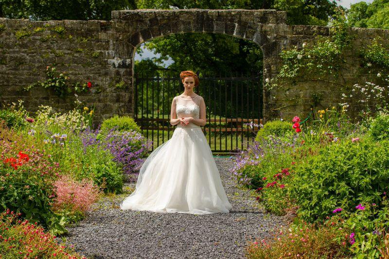 Summer isn't over yet! Outdoor Wedding Inspiration