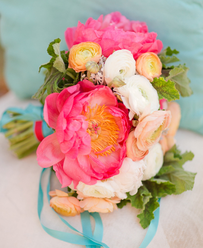 Get The Look: Beautiful Summer Bouquet Ideas For Blue