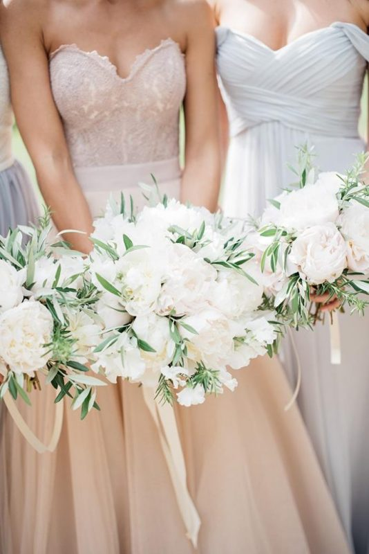 17-white-green-blush-blue-wedding-683x1024