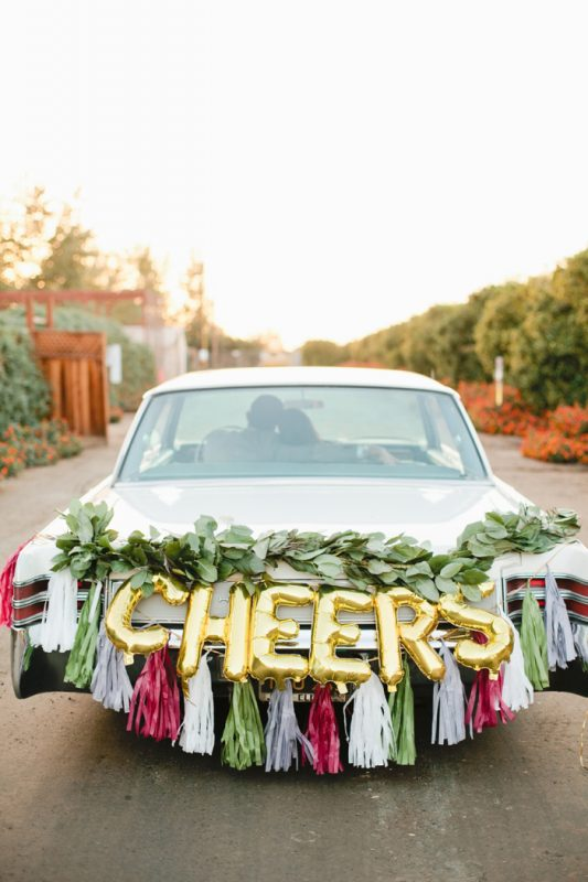 glam-holiday-wedding-ideas-inspiration-16