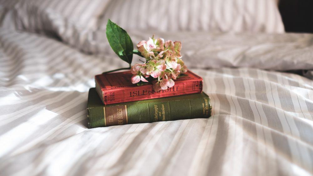 8 Inspiring Truly Romantic Non Religious Wedding Readings