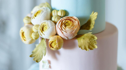 10 Floral Cakes Perfect For A Spring Wedding