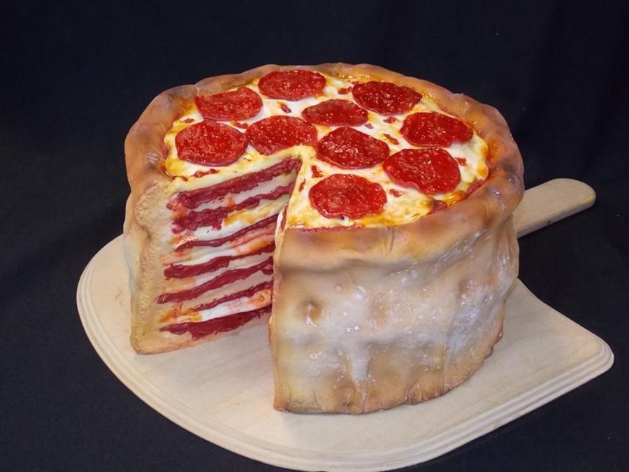 900_EO4rF140Xm-pizza-grooms-cake