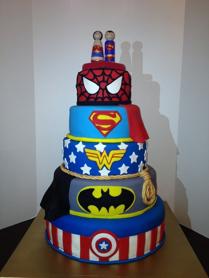 Superhero-Grooms-Cake-1