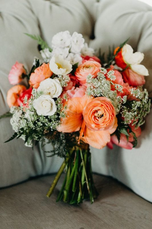 the-tropical-trend-got-a-pastel-twist-in-this-modern-barr-mansion-wedding-gloria-goode-photography-700x1050