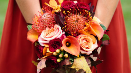 Moody Florals For The Ultimate Autumn Bouquet