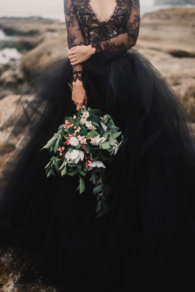 mari-sabra-photography-moody-romantic-coastal-elopement-19