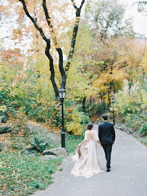 Romantic-Central-Park-bridal-shoot-7