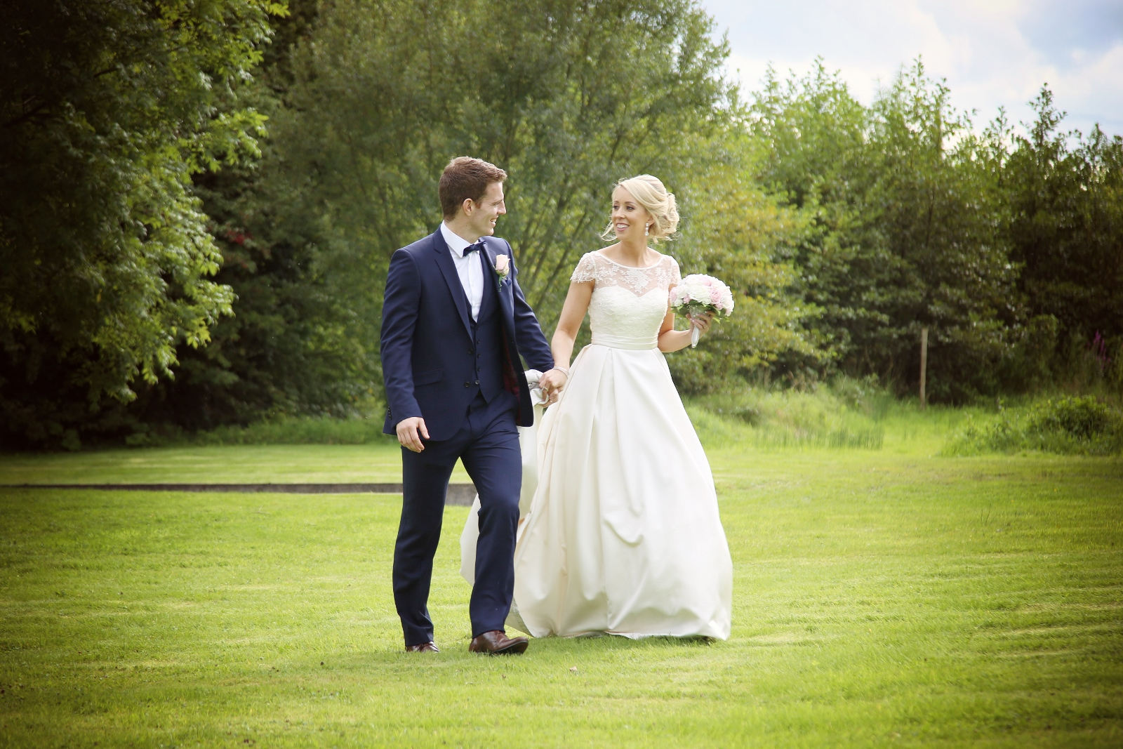 All The Way From Aberdeen: Audrey + Stephen At The Twin Trees Hotel