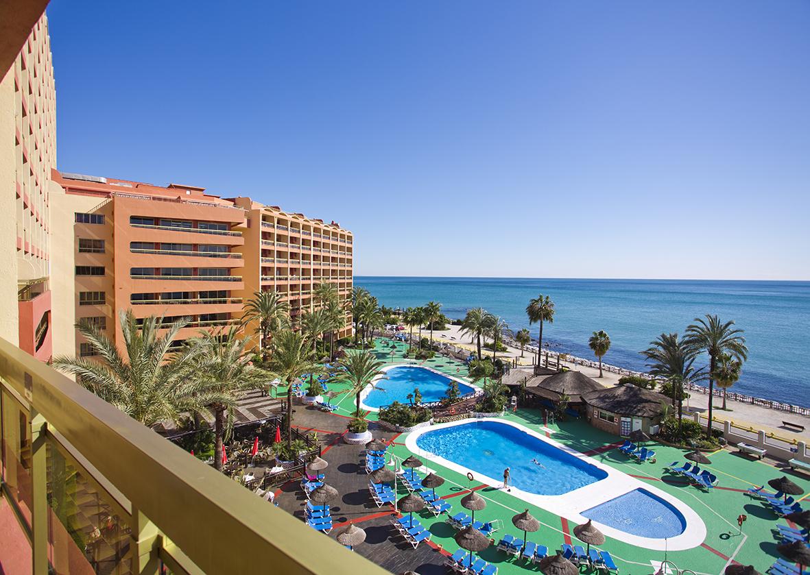 Sunset Beach Club - Pool View (1)