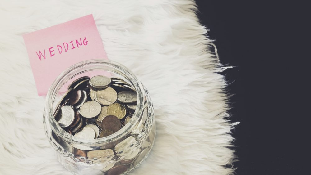 The 5 Crazy Easy Steps to Creating Your Wedding Budget