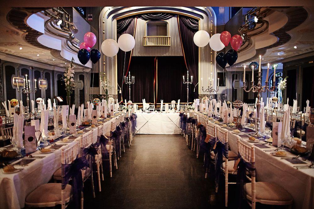 SET Dinner Banquet style