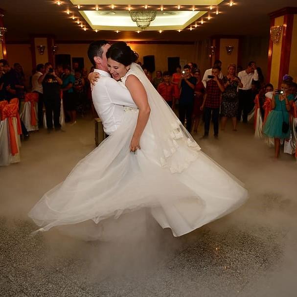 happiness-love-wedding-dance